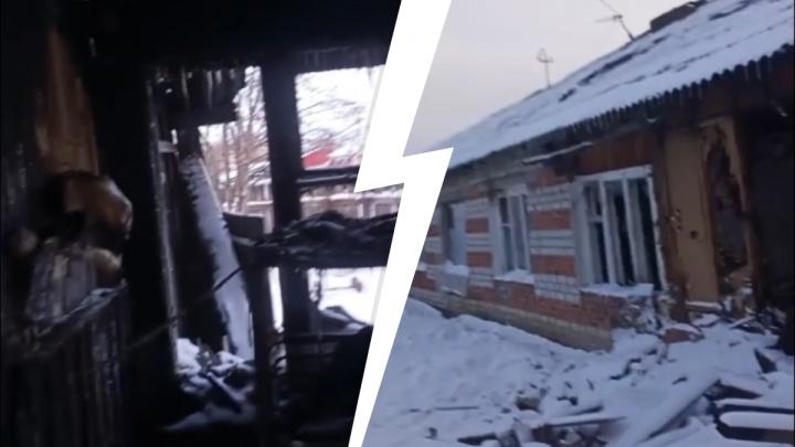 Под Тюменью погорельцы после новогоднего пожара остались жить в полуразрушенном доме