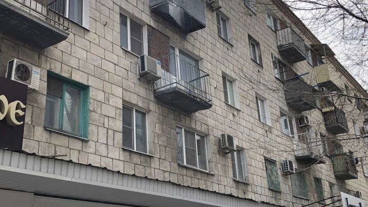 Всё, что известно о трагедии с рухнувшим вместе с пенсионеркой балконом в Волгограде