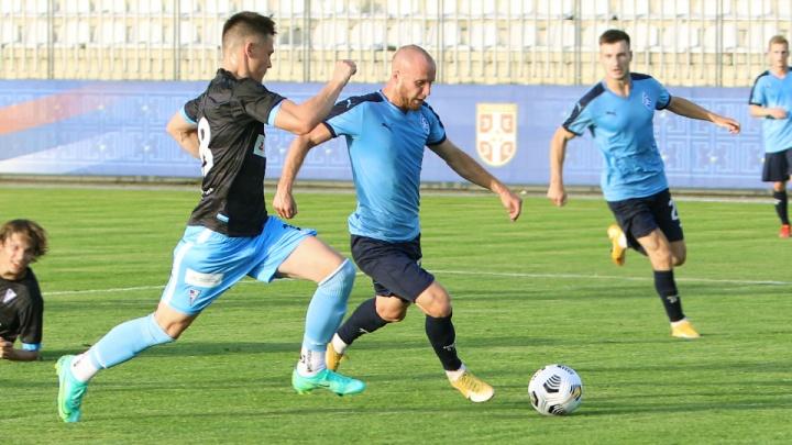 «Крылья Советов» отдали в аренду двух футболистов