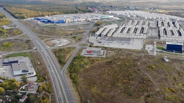 Видеоблогер снял с высоты участок около «Икеи», где построят транспортную развязку
