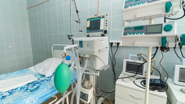В больницы Прикамья поступят 130 аппаратов для вентиляции легких