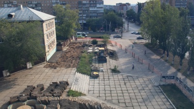 Фонтан, пилон и сцена: в Комсомольском районе построят сквер имени драматурга Вадима Леванова
