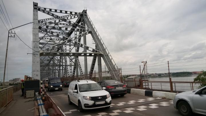 «Было лучше». Северодвинский мост открыли для проезда после ремонта: водители недовольны