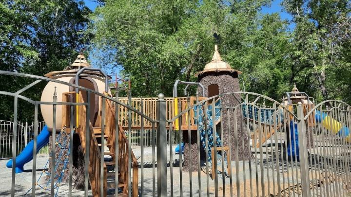 Курганцы чуть не разругались в соцсетях из-за детской площадки