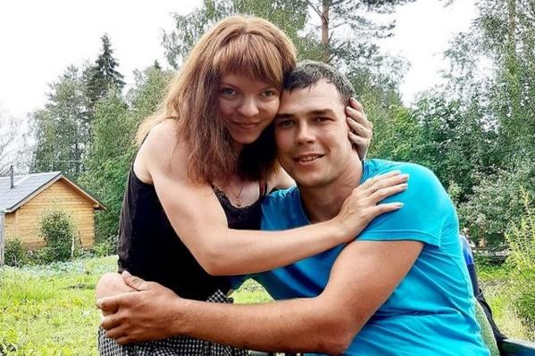 Марина Оленева и Александр Краснооков мечтают достроить дом и начать жить вместе