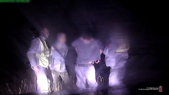 Под Волгоградом 15-летний подросток угнал иномарку отца и устроил погоню с сотрудниками ДПС