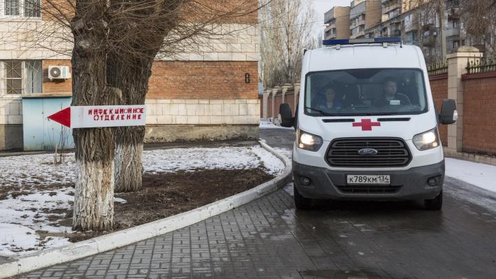 Очередной рубеж пандемии коронавируса в Волгограде: 50000 человек переболели, почти 900 — умерли