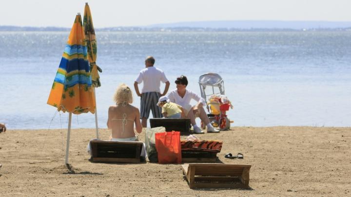 В Югре официально открыли 10 пляжей для отдыха