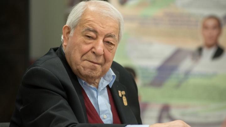 На 88-м году жизни скончался глава Академии борьбы Дмитрий Миндиашвили