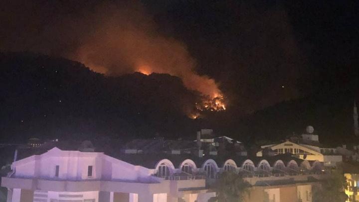 «Туроператоры замалчивают тему пожаров». Екатеринбуржец — о стихийном бедствии в Турции