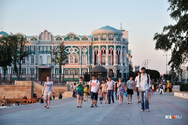 Дом Севастьянова и Плотинка — лидеры среди экспертов