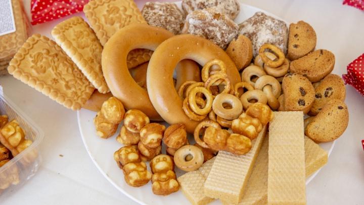 Если гости на пороге: список недорогих продуктов для чаепития, завтрака и полезного перекуса