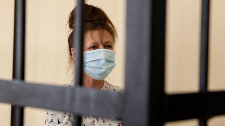 «Я не бандитка»: хозяйка нелегального пансионата в Боровском, где погибли семеро, просила отпустить ее домой