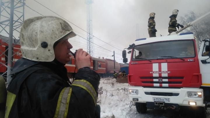 Стала известна причина крупного пожара в корпусах бывшего 9-го ГПЗ у Кировского рынка