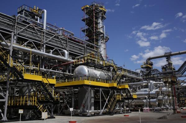 Завод, расположенный в Новокуйбышевске, отгружает топливо по всей России и за рубежом