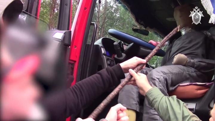 За убийство дальнобойщика в Архангельской области ответит его должник. Он не хотел отдавать квартиру