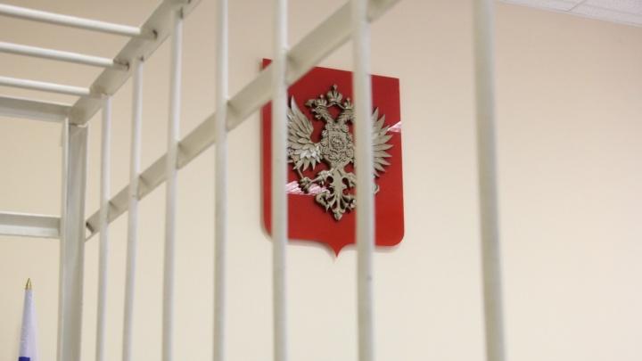Бизнесменов из Ленинградской и Владимирской областей подозревают в подкупе архангельской компании