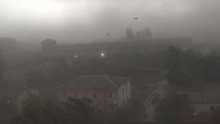 Ливневки есть, толку — нет: в Волгограде и области обсуждают последствия урагана и аномальных дождей