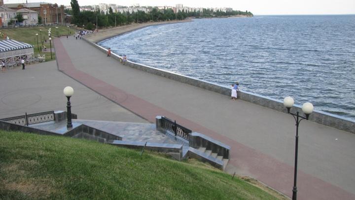 Выше неблагоприятных отметок: в Волгоградском водохранилище резко поднялся уровень воды