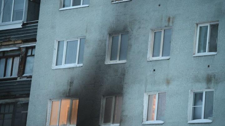 Жила без электричества, была неблагополучной: все, что известно о семье с ЖБИ, в квартире которой произошел пожар