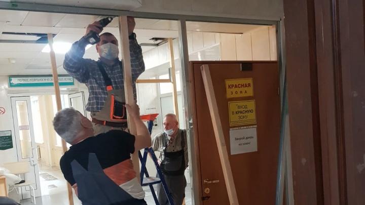 «У нас полные коридоры пациентов». Реабилитационный центр в Екатеринбурге экстренно отдают под ковид