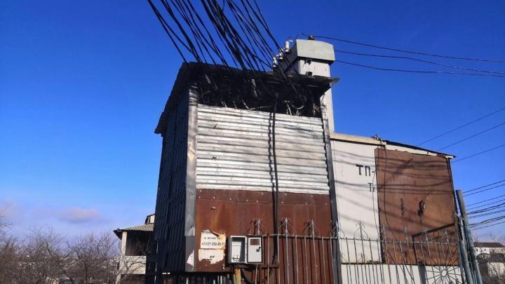 «Нас губят пекарни и всякие автомастерские»: на границе с Волгоградом замерзает без света поселок в Разгуляевке