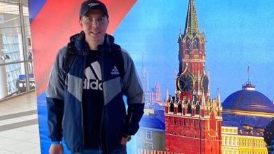 «Мама плакала»: парень, которому люди собрали 32миллиона рублей налечение от рака, поправился