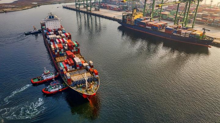 Порядок с поставками: сервисы, которые помогают вести международную торговлю