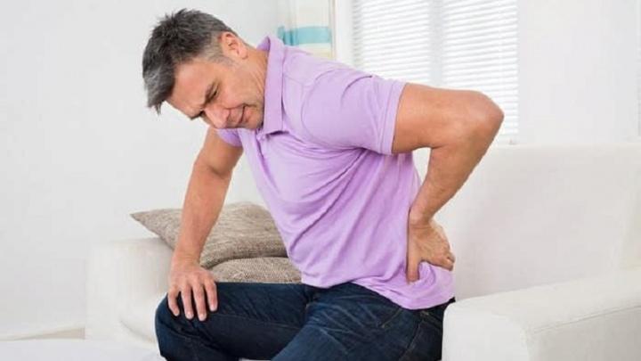 Раз, и разогнулся: как снять приступ острой боли в спине и суставах за 10 минут