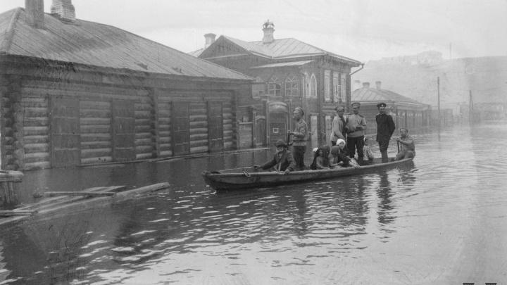 Опубликованы снимки затопленного Красноярска во время паводков начала и середины XX века