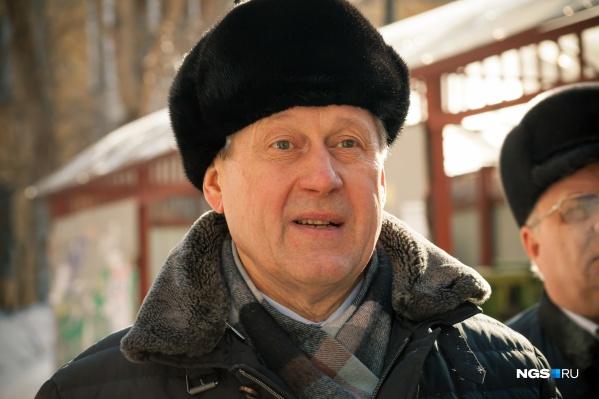 Анатолий Локоть признает, что в Новосибирске еще много проблем, которые нужно решать. Но и за эти семь лет, по его мнению, мэрией сделано немало