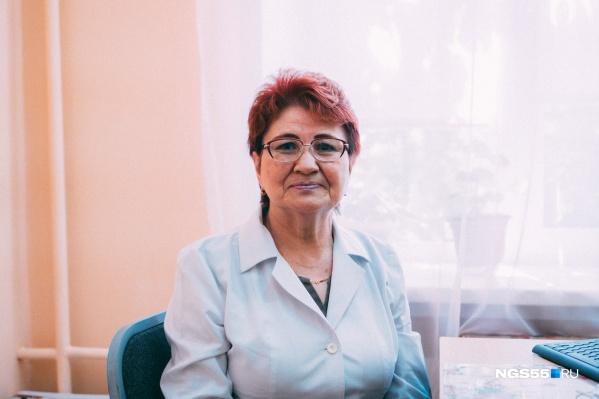"""Роза Ахмерова работает в МСЧ <nobr class=""""_"""">№ 7</nobr> с 1973 года"""