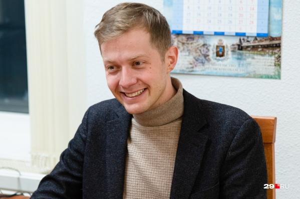 Оказывается, с Архангельском новый руководитель регионального Минздрава знаком еще с 2013 года