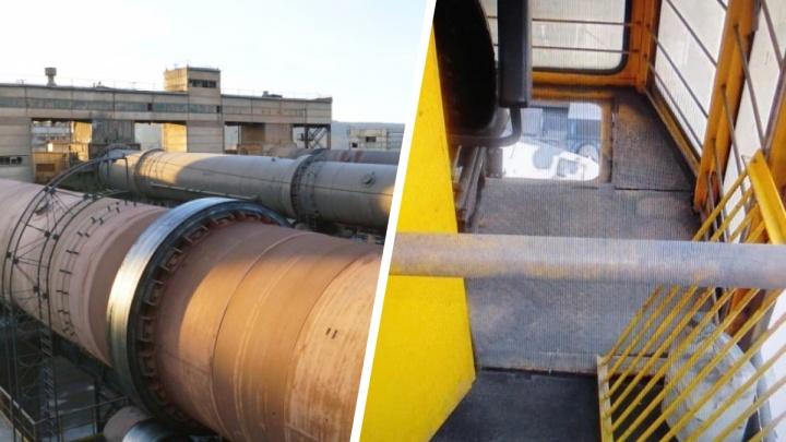 Крановщица разбилась, упав с 30-метровой высоты на заводе в Ачинске