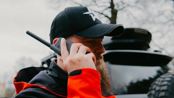 Сезон охоты без проблем: зачем охотникам спутниковый телефон