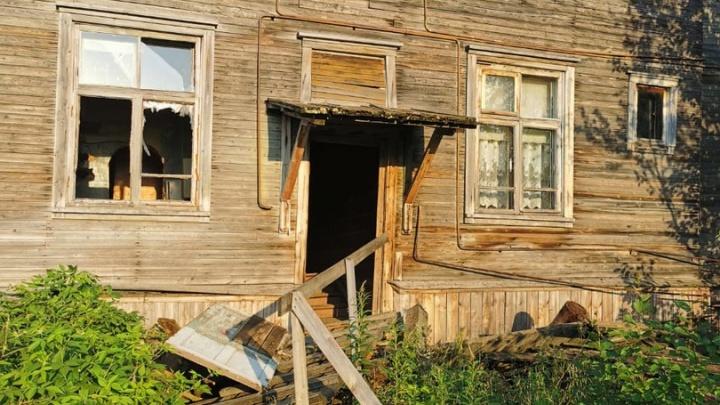 Архангельская прокуратура начала проверку по дому на Бревеннике, который сошел со свай