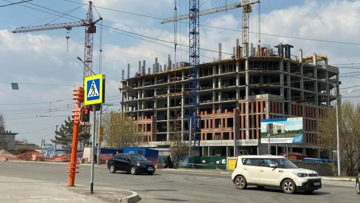 Строительство налоговой за 1,3 млрд в Кемерове закончится в 2022 году. Каким будет здание