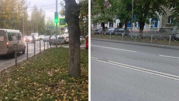 На Мочищенском шоссе BMW сбил мужчину, а затем въехал в авто