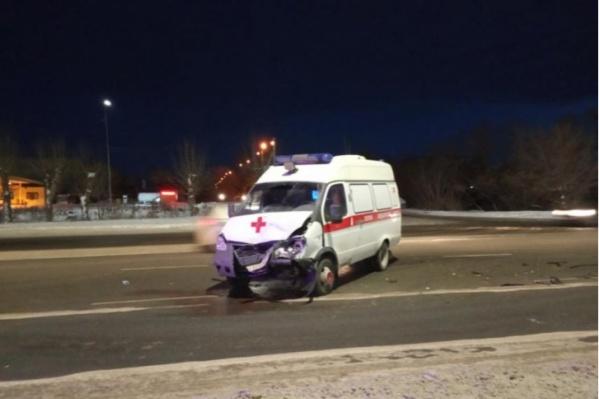 Скорая попала в ДТП по дороге из Сатки в Челябинск