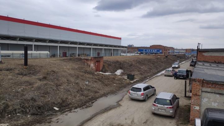 Мэрия требует 1,5 миллиона рублей с новосибирцев за бесплатное подземное овощехранилище