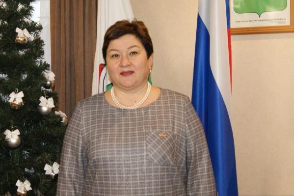 Надежда Ботева продолжает руководить администрацией Мезенского района. Ее переизбрали на эту должность в 2018 году