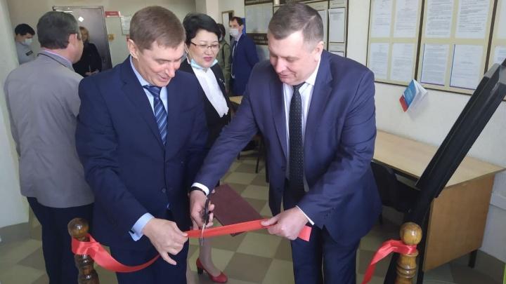 В Волгограде торжественно открыли лифт в Советском районном суде