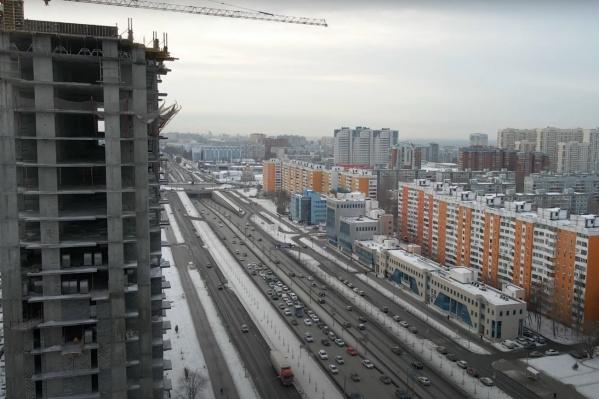 Однако высотка уже есть на пересечении Московского — Димитрова, рядом хотят возвести еще несколько