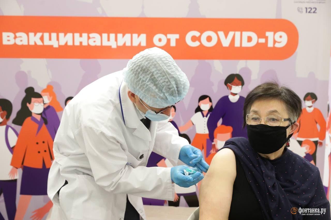 центр вакцинации в ТЦ&nbsp;«Европолис»<br><br>автор фото Сергей Коньков / «Фонтанка.ру»