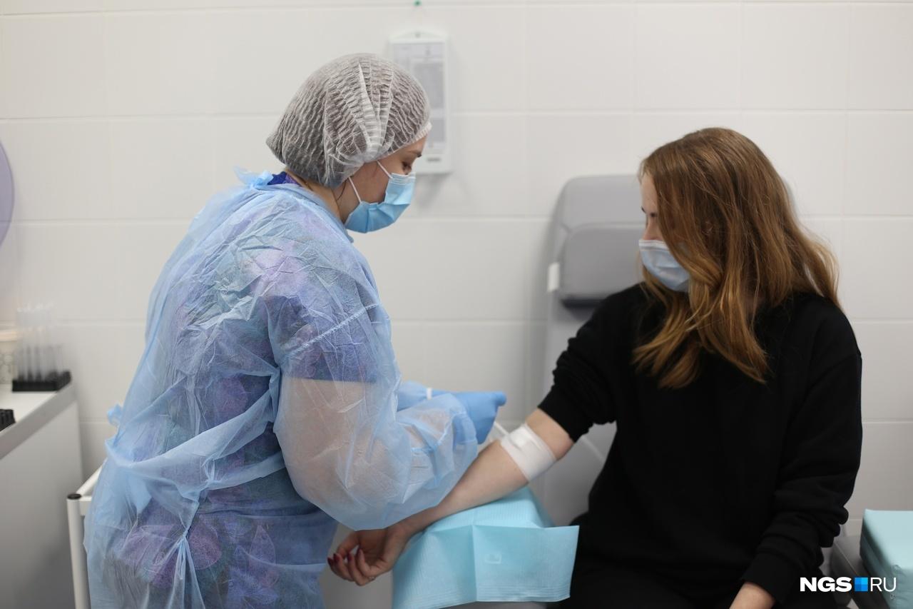 Многое о последствиях коронавируса можно узнать, сдав кровь из вены