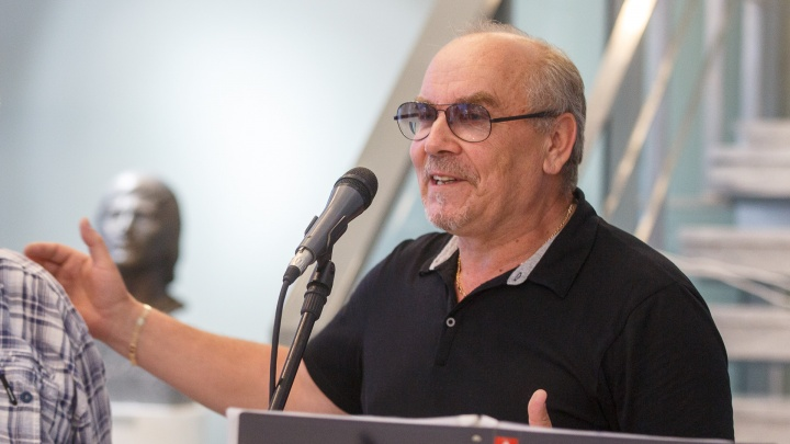 «Мы не успели с ним встретиться»: в Волгограде скончался знаменитый основатель Казачьего театра