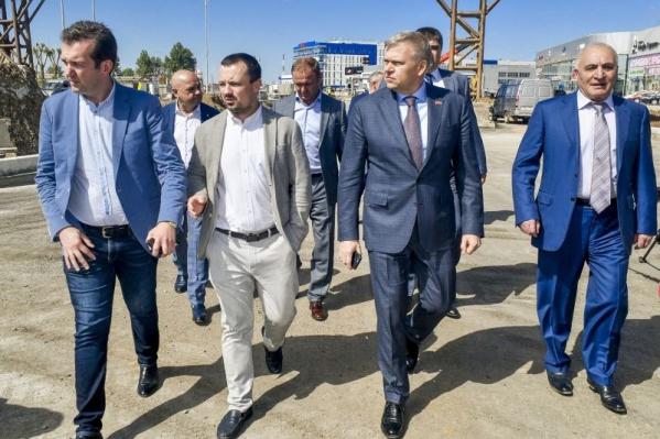 Ранее подрядная организация завершила на улице Героев Хасана сложнейшее переустройство газопроводов