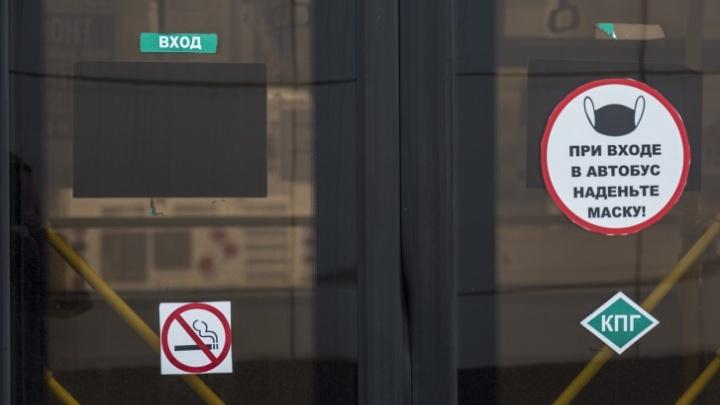 «На второй остановке уже не помещаемся»: волгоградцы просят увеличить количество автобусов и маршруток вСоветскомрайоне