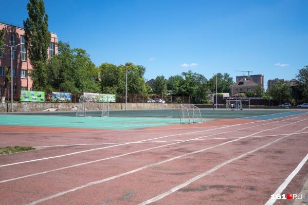 Ограничения распространяются на детско-юношеские спортивные школы, находящиеся в ведении муниципальных управлений образования