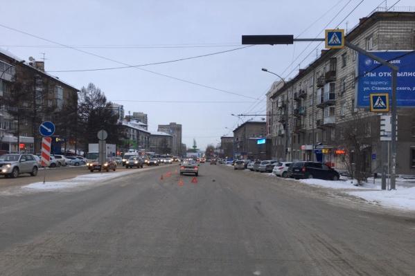 Авария произошла на улице Титова